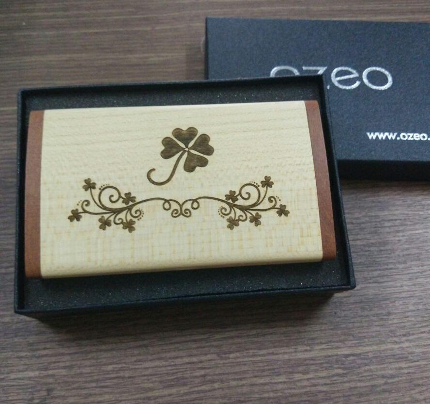 Hộp đựng name card bằng gỗ NC09 khắc hoa văn cỏ 4 lá