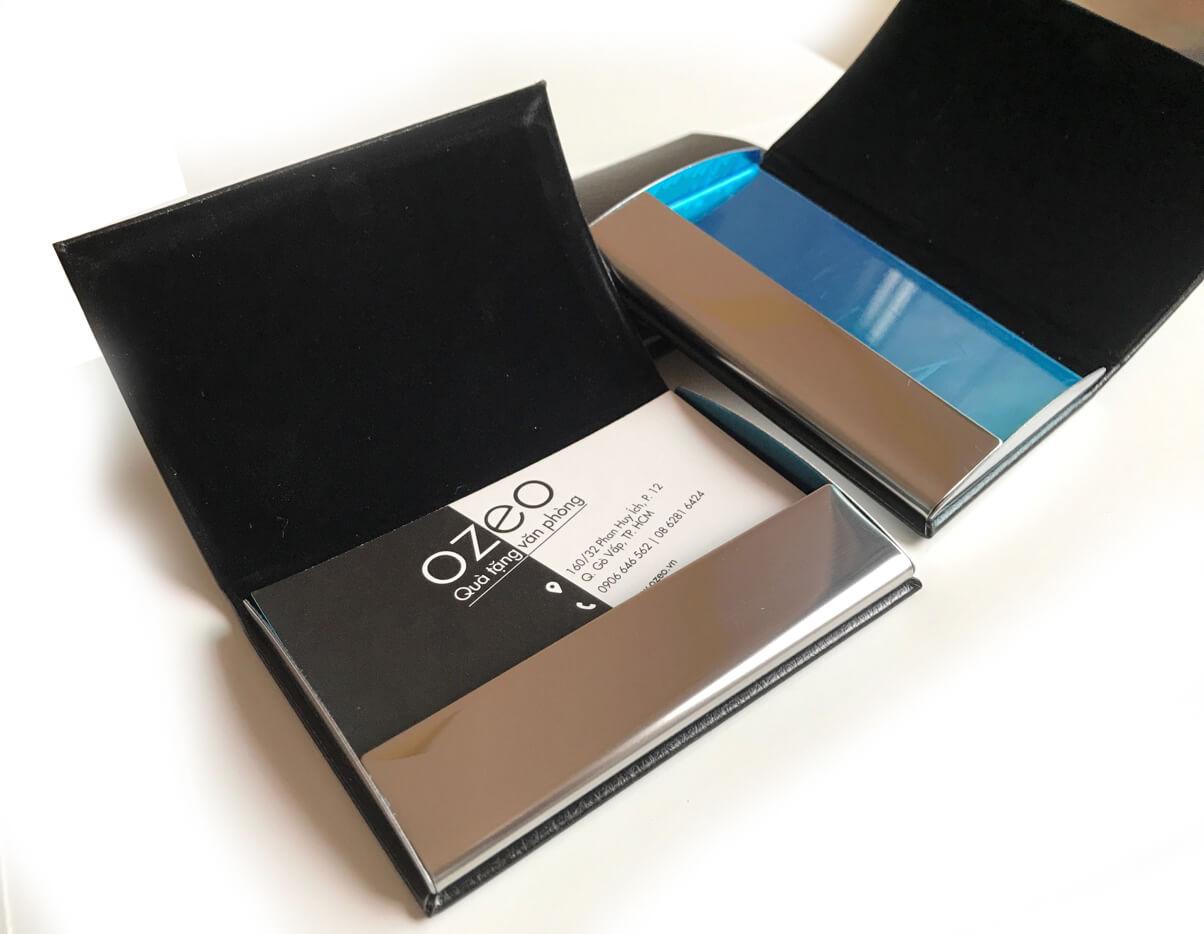 Phần bên trong hộp đựng card visit NC01
