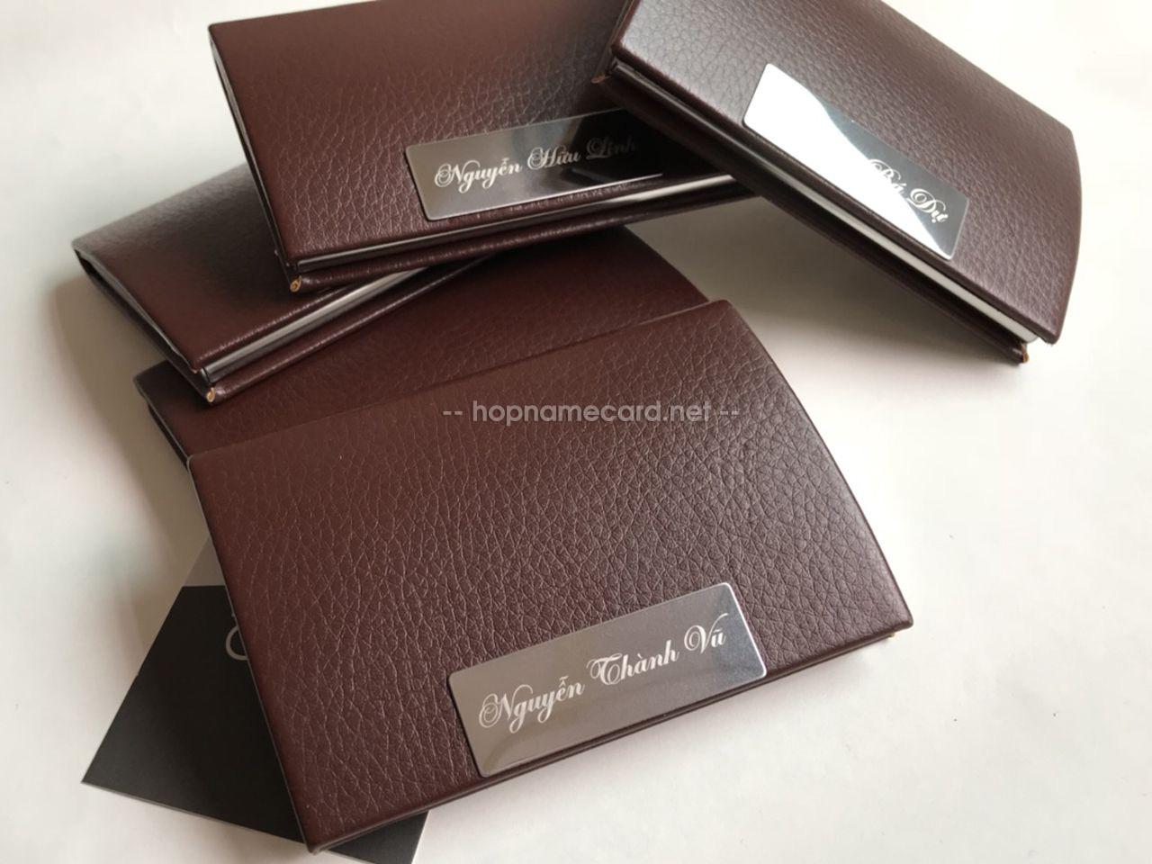 Hộp đựng card visit NC01N nâu socola khắc tên