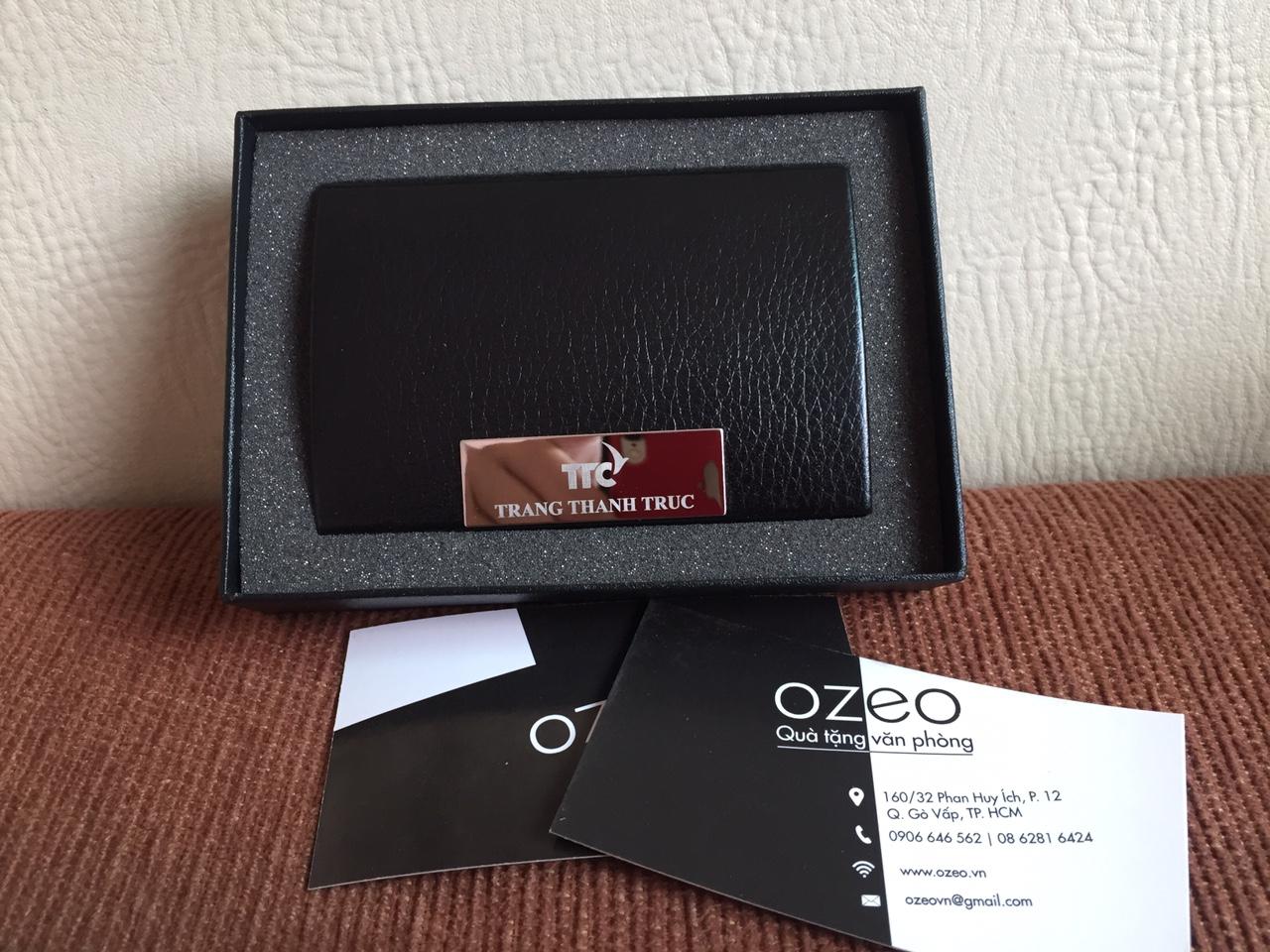 Hộp đựng card visit NC01 đen khắc tên