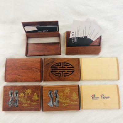 Ví đựng name card bằng gỗ thân thiện với môi trường