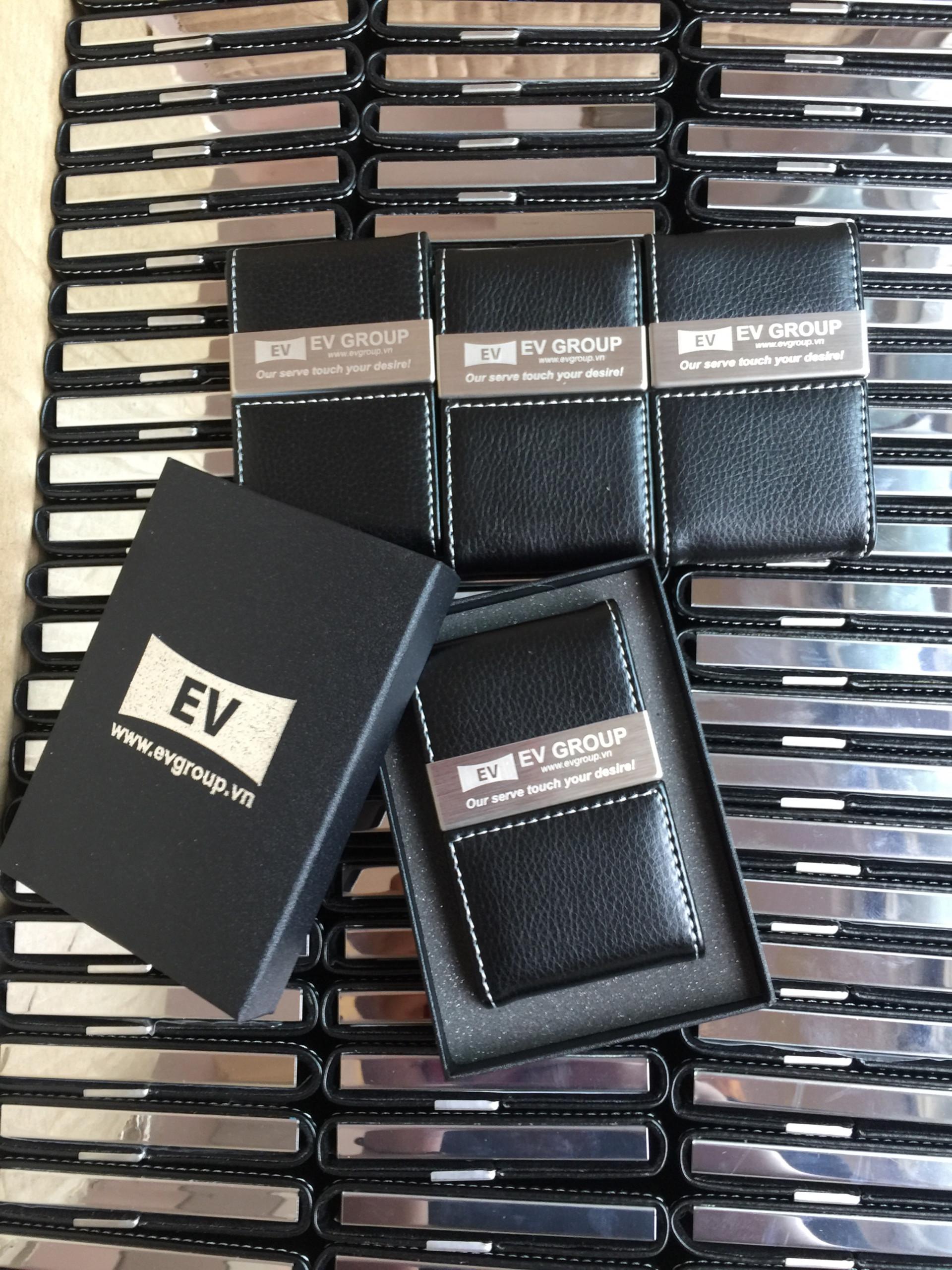 Ví đựng card visit NC07 khắc logo EV Group