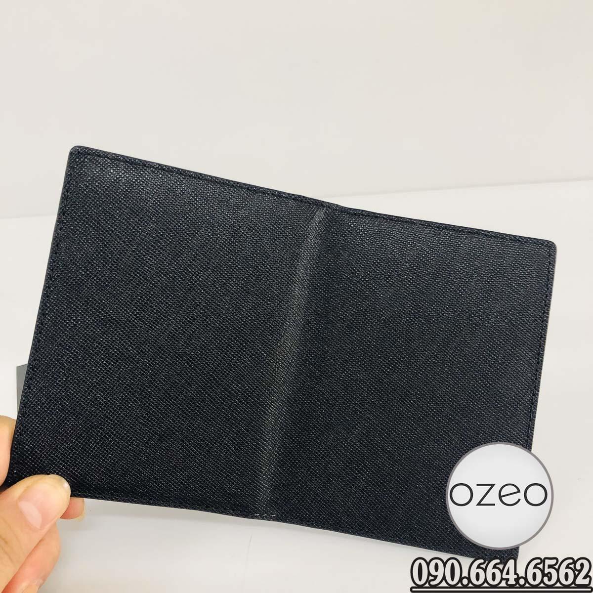 Mặt ngoài của ví da bò VNC01